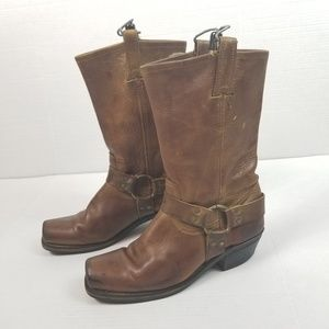 Frye Womens Harness Square toe Boots 10